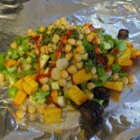 Vegan Hobo Dinner with Chickpeas and Green Onions