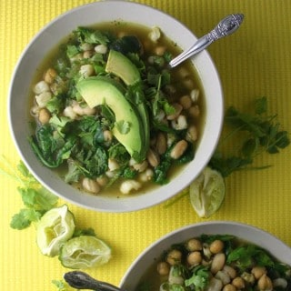 Green and White Chili in 30 Minutes