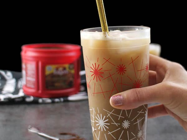 An Iced Dirty Chai is one of my favorite coffeehouse drinks, and I'm so happy that now I can make it at home! #ad #BrewAsYouPlease