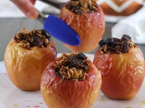 Pumpkin Spice Baked Apples in the Air Fryer
