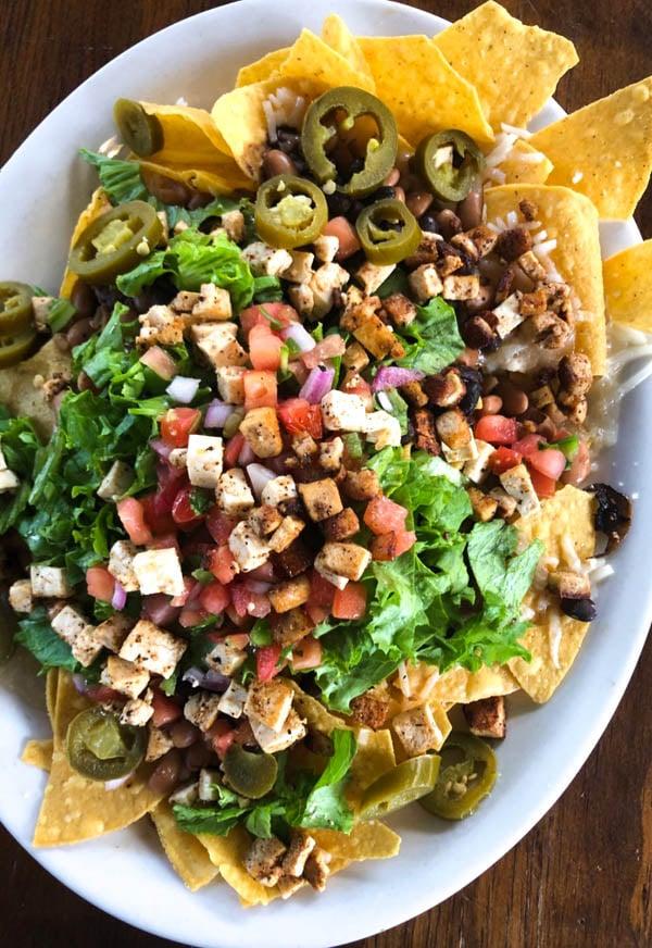huge plate of vegan nachos from El Myriachi
