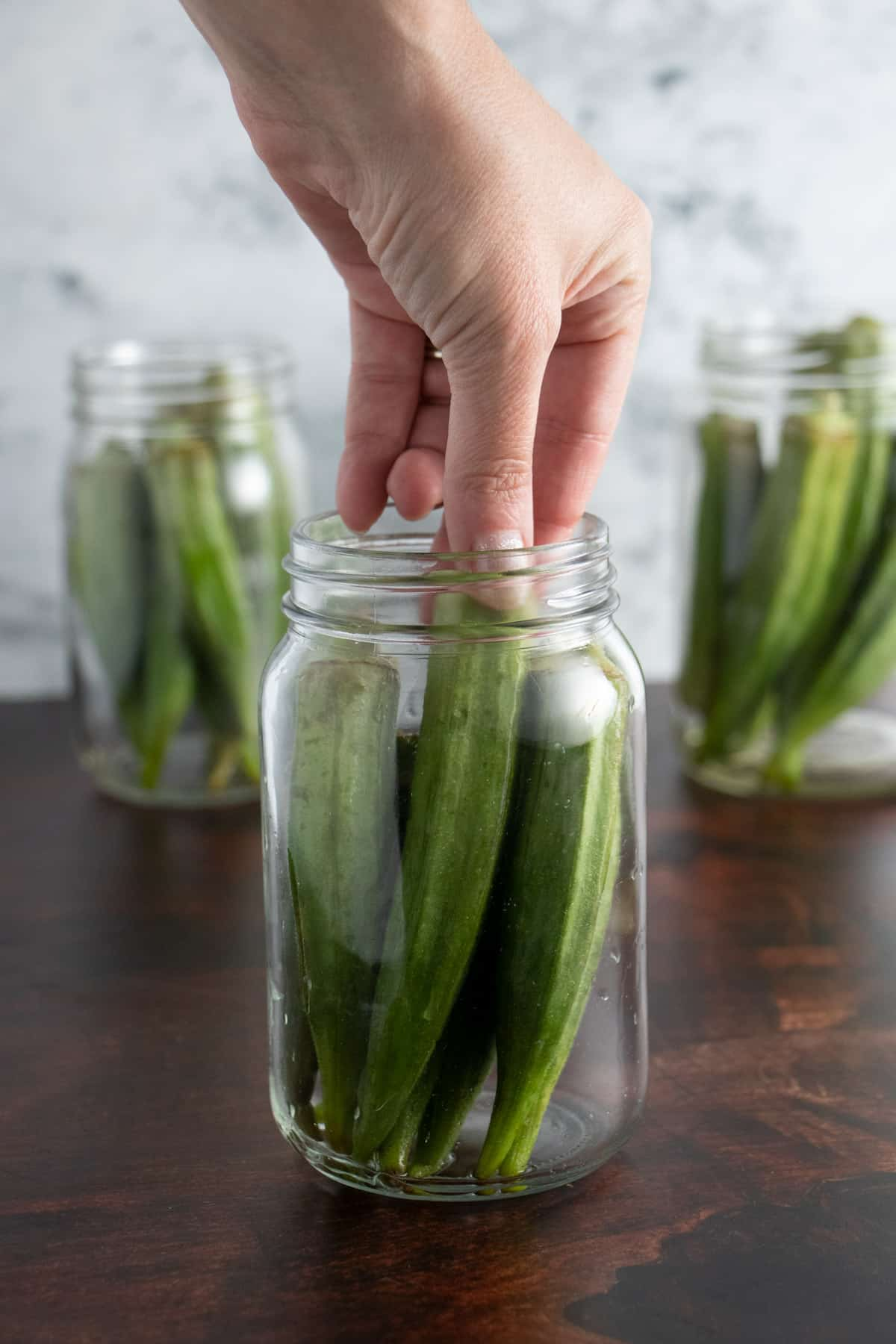 filling pint jars with okra