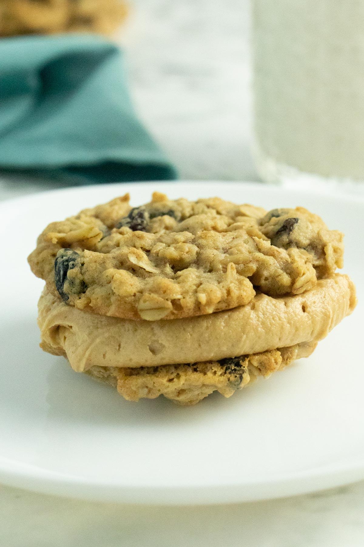 vegan oatmeal peanut butter cookie sandwich